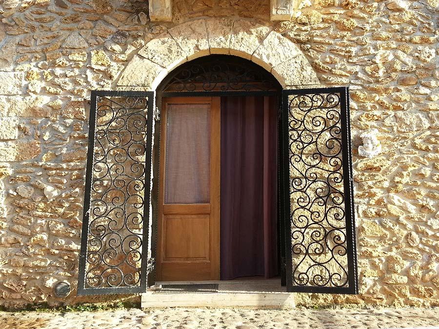 The entrance of Appartamento Verdello in the Borgo delle Olive