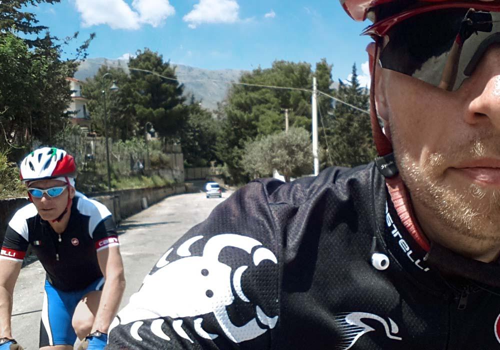 Maak een tocht met een lokale fietstocht