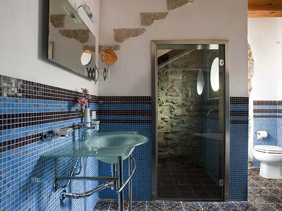 The first bathroom of Appartamento Moresca